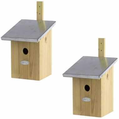 2x houten vogelhuisjes/nesthuisjes 33 cm met zinken dak
