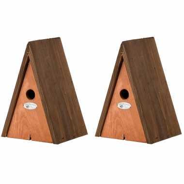 2x stuks houten vogelhuisjes/vogelhuisjeen wigwam bruin 27 cm