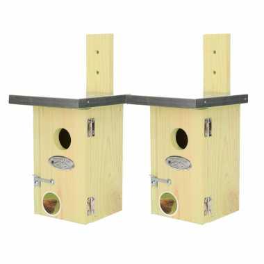 2x vogelhuisjes/vogelhuisjes winterkoning 25 cm