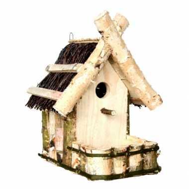 Vogelhuisje met balkon